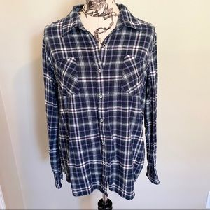Natural Reflections large Navy Plaid Flannel top
